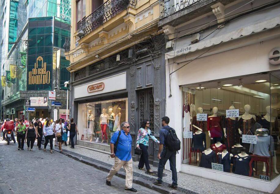 SindilojasRio e CDLRio questionam prefeitura sobre abertura do comércio de rua somente a partir das 11h