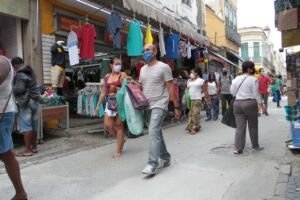 Read more about the article Novo decreto da Prefeitura mantém medidas contra a covid, sem restrições para o comércio